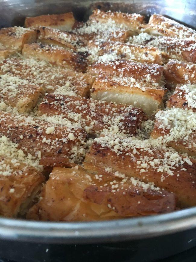 Traditional Turkish Food Traditional Culture Baklava Foodporn Adana Antep Urfa Tatlı  Tatlı Yiyelim Tatlı Konuşalım Bayram
