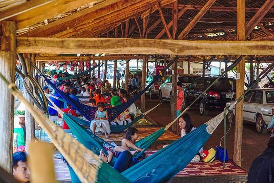 Cars & Hammocks. Sony a7 experience @ Wat Oudong. Sony A7s Sonyalpha Sonyimages SonyA7s Sonycamera Sonyphotography Theappwhisperer Adventurevisuals GoodRadShot Fhotoroom PicHitMe EyeEm EyeEm_O MenchFeature Photography Pixelpanda Visitorg Aop_Lab Yourworldgallery SeeOurWorldNow Runningtheworld Natgeo Natgeotravel Natgeoyourshot Cambodia PhnomPenh @fhotoroom_ @pichitme @goodradshot @street_hunters @pixel_panda_ @eyeem_o @photocrowd @photoadvices @worldphotoorg