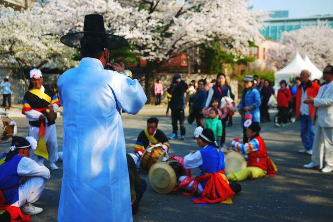 Samulnori Streetphoto_color Perfomance Spring Flowers Korea Music Colorful Old People