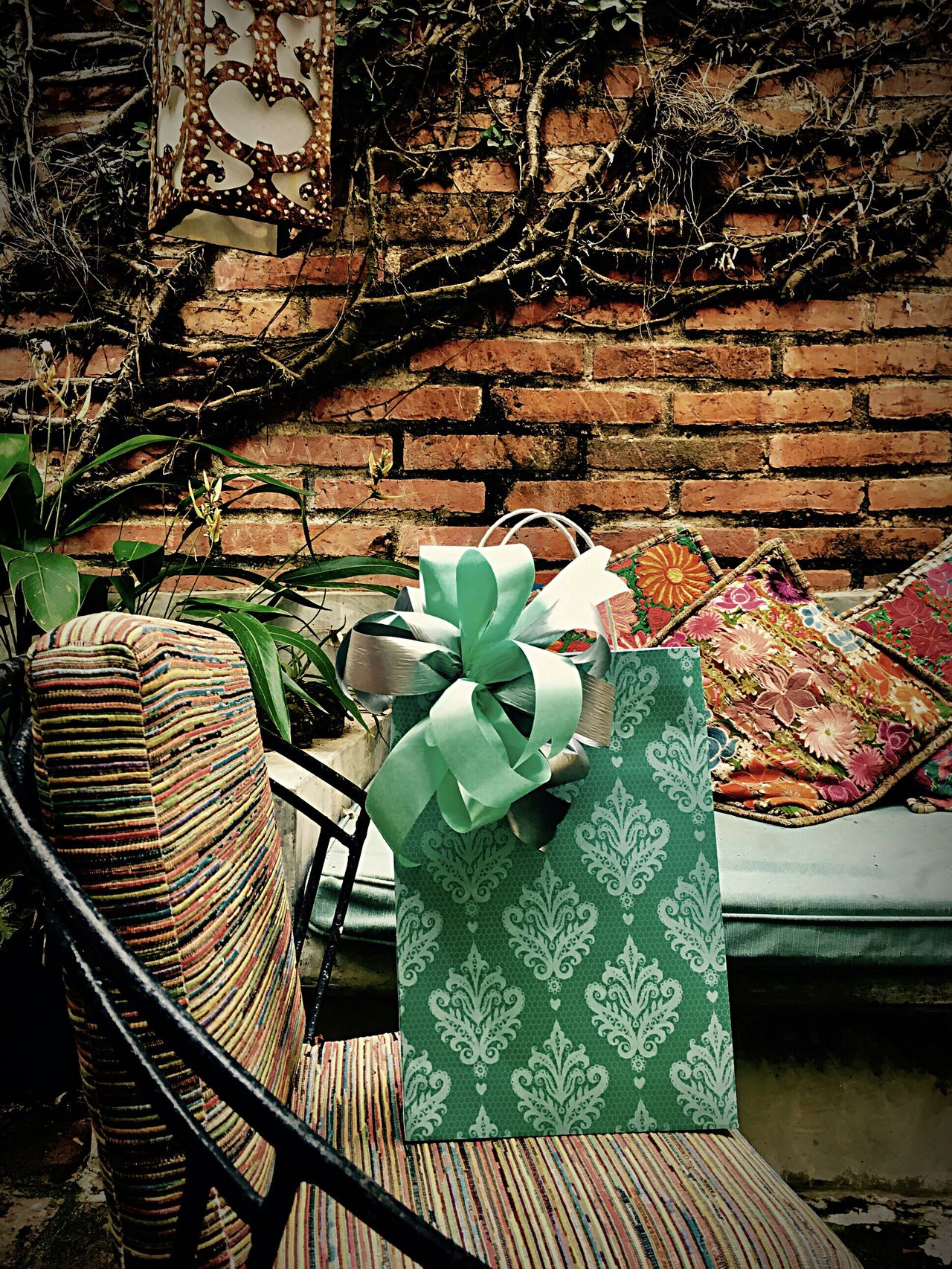 Surprise gift Chair Table Green Color No People Plant Branch Indoors  Nature Day Gift Bags Wrapping Presents Interior Design Indoor Courtyard Peace And Quiet Mint Green Big Bow