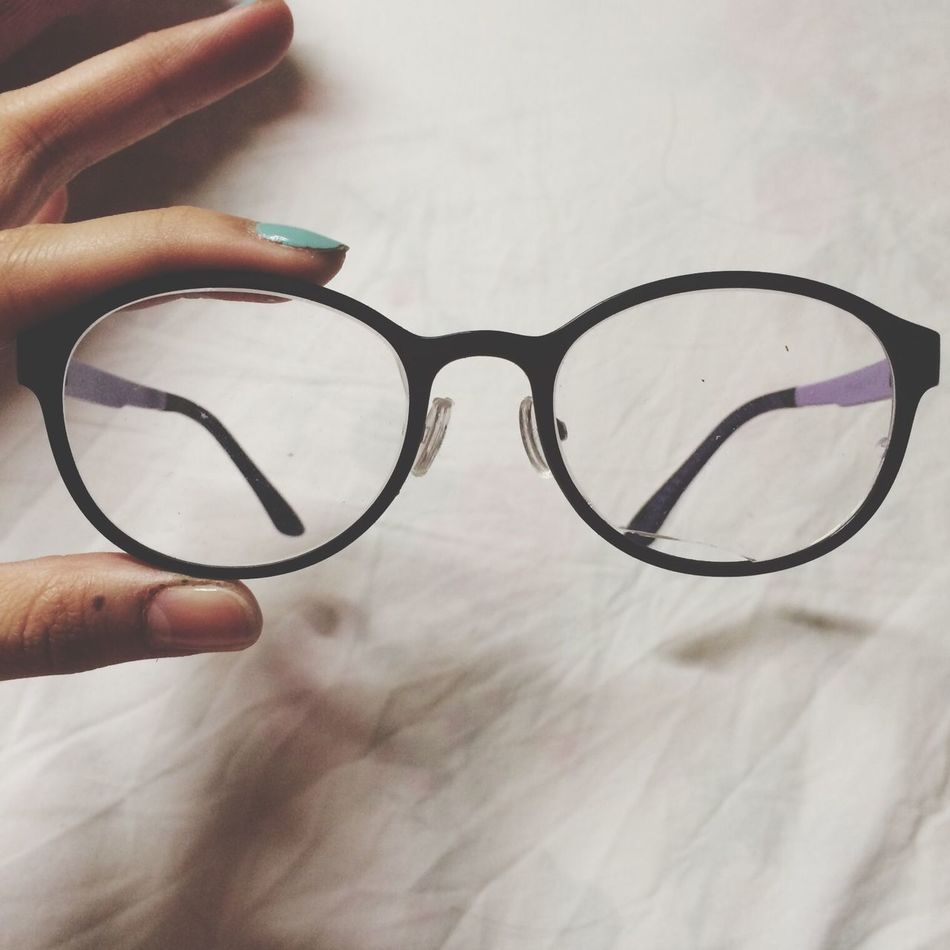 Beautiful stock photos of glasses, Close-Up, Glasses, Holding, Human Hand
