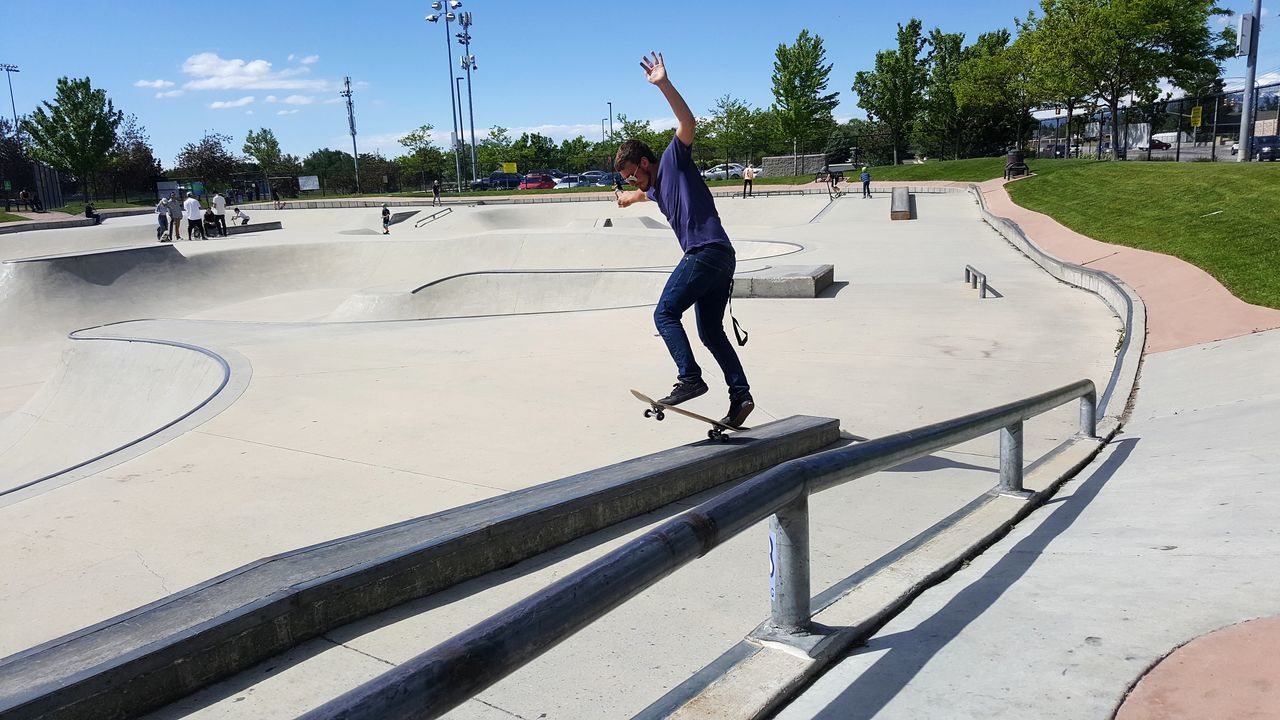 Friday Skateboard Park Skateboard Balance Hoodlum EyeEmbestshots Photography Themes Inthemoment Theme Skyscapes Sky_collection Classic Skater Stllskating Lights And Shadows EyeEmBestEdits Outdoors Photography In Motion Grindin