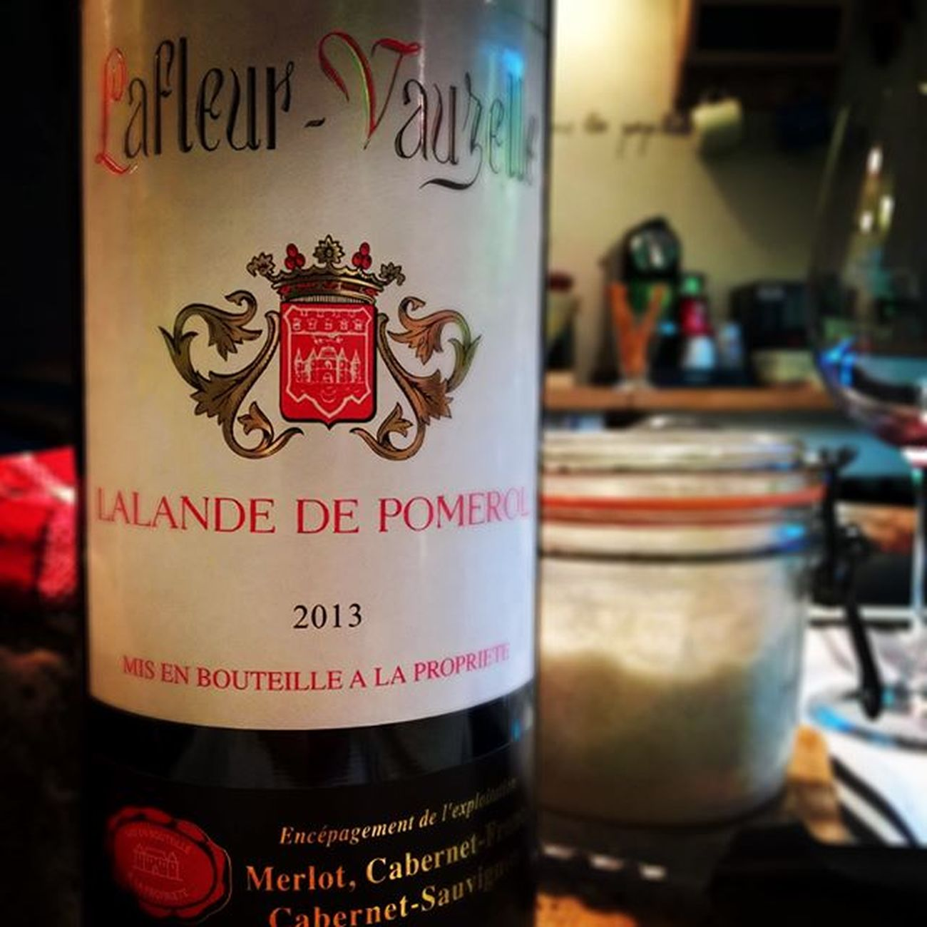 Bien hydrater son corps. 👆 Wino collection Vin 🍷 Rouge Lalande Pomerol Instawine Instadrink