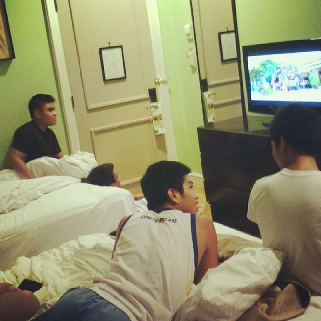 Watching got to believe with flymates hahahaha :)) G2B