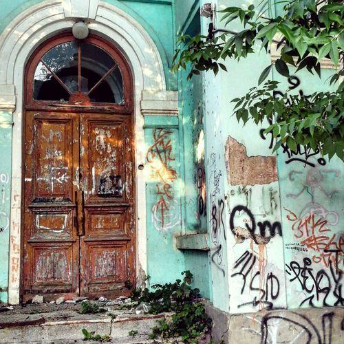 Door City City Life Streetart/graffiti Streetphotography Day Lifestyles Summer Beautiful No People лето дверь город фото