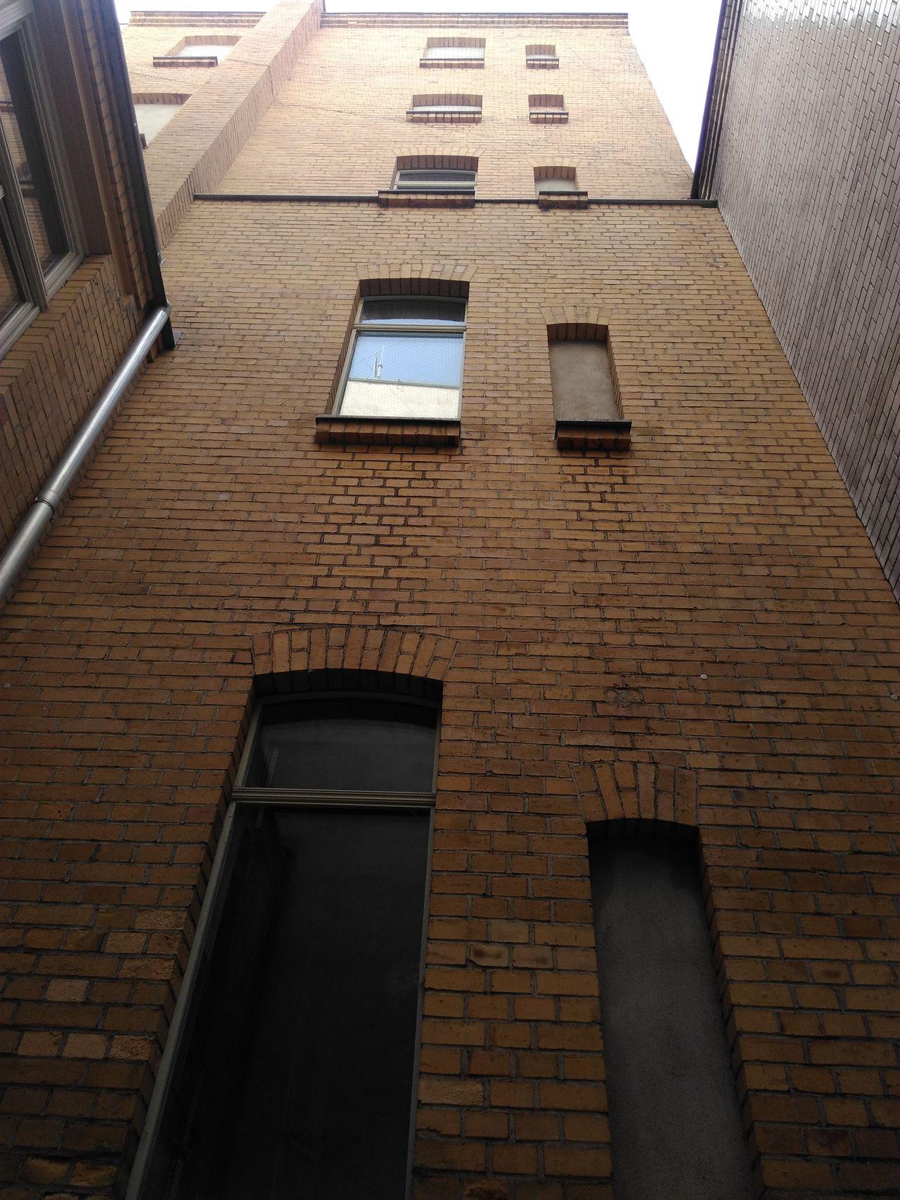 Brick Ziegel Wand Wall Haus Haus Fenster Windows Architecture Built Structure Brick Wall Low Angle View Leipzig Germany Deutschland Window City Life Innenhof