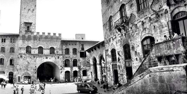 blackandwhite at Italy by Luis Mora