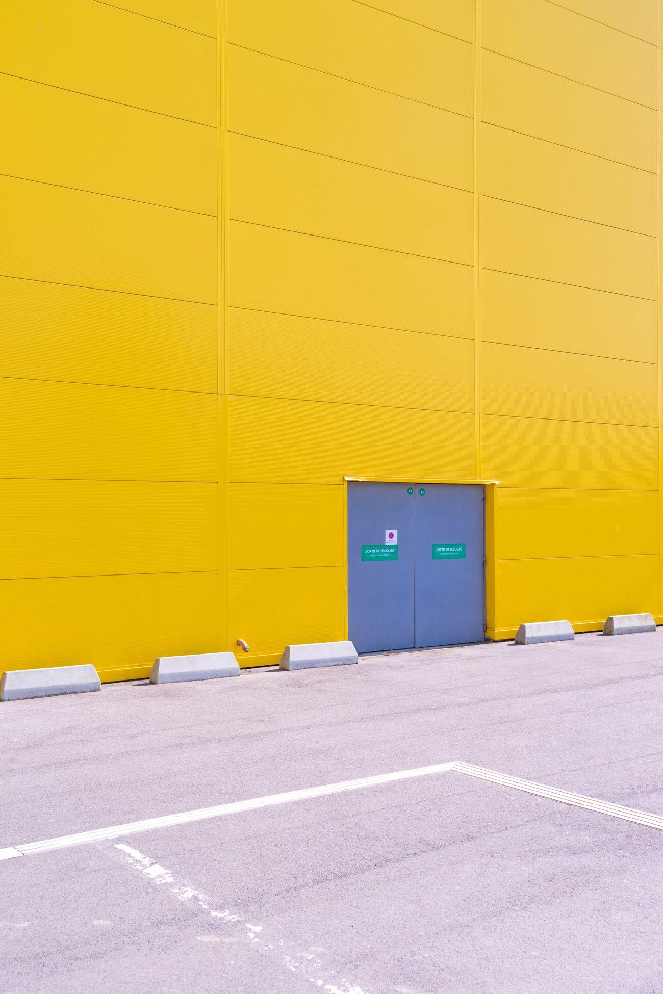 Yellow Built Structure Warehouse The Architect - 2017 EyeEm Awards Architectural Detail Lines And Shapes EyeEm Best Shots EyeEm Best Edits TheWeekOnEyeEM EyeEmBestPics Subjectivelyobjective Façade IKEA Montpellier Odysseum Yellow Color Door Parking