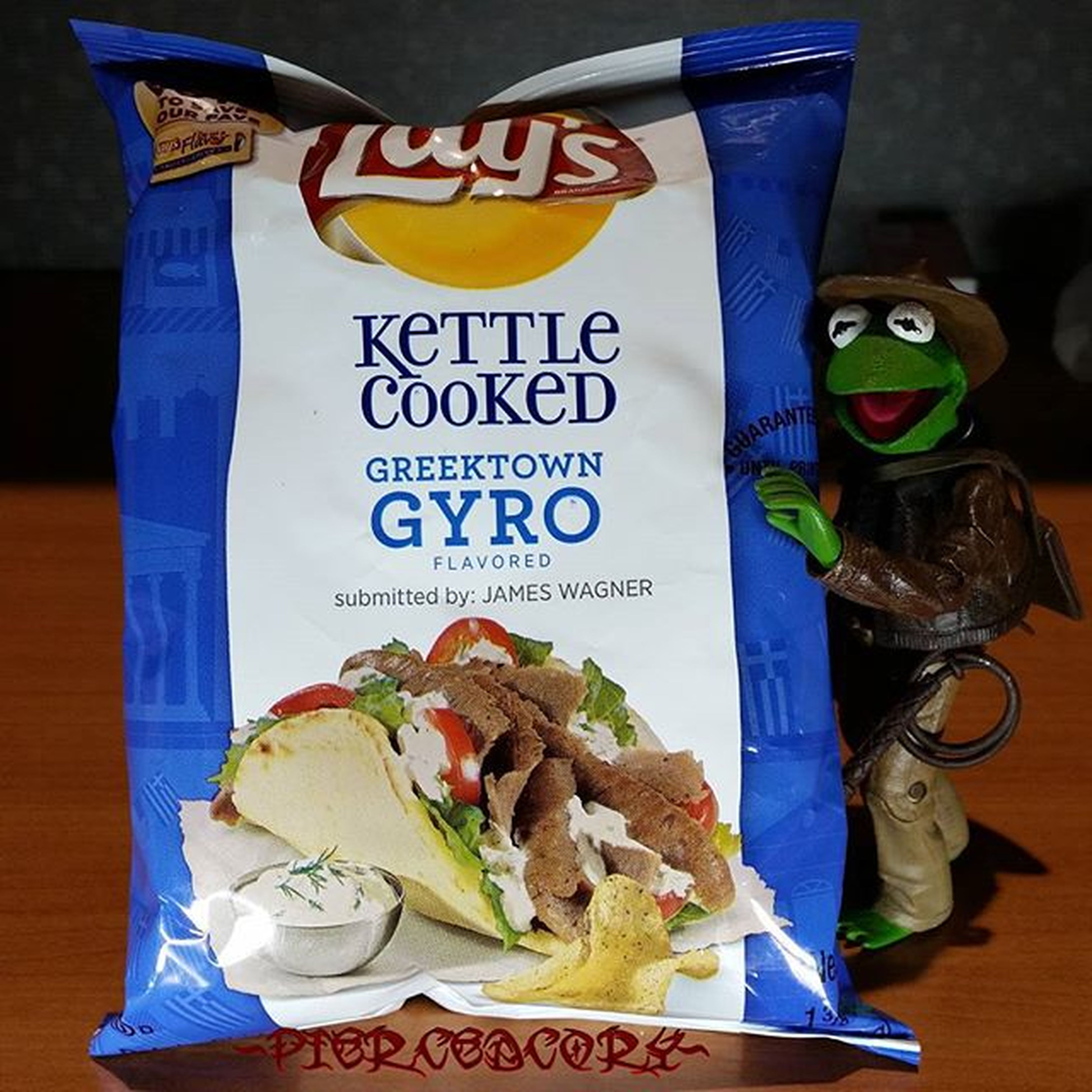 Well this could be an adventure with @lays Kettlecookedgreektowngyro Lays DoUsAFlavor Votegyro