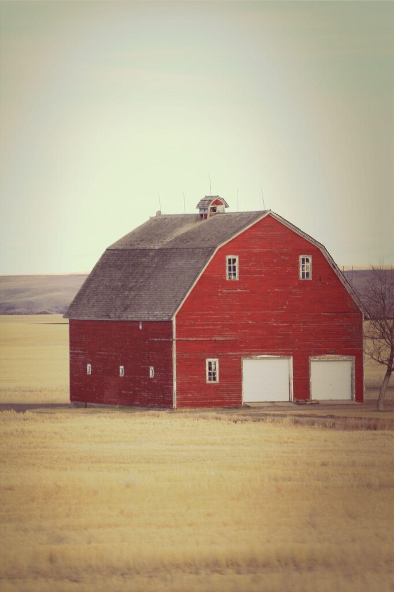 Travel Red Barn Farm Country Montana Barn