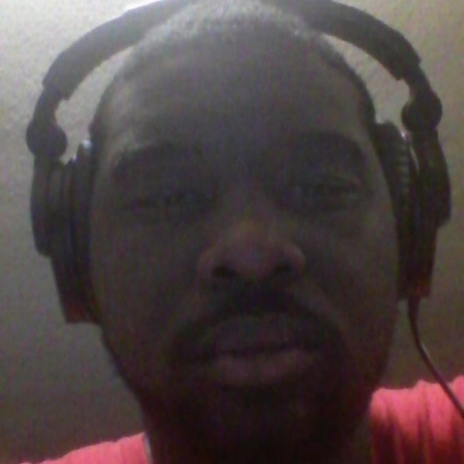 Still up on these beats, burning cds, & networking at the same time. Tired AF! This an ugly pic 2! IllSleepWhenImDead