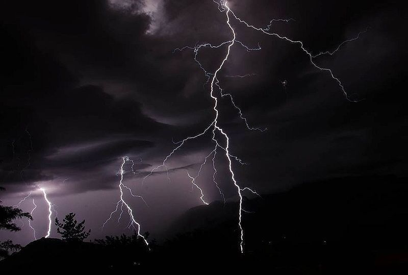 No Edit/no Filter Not My Pic Amazing pic by a friend of mine. Had to post. Lightning