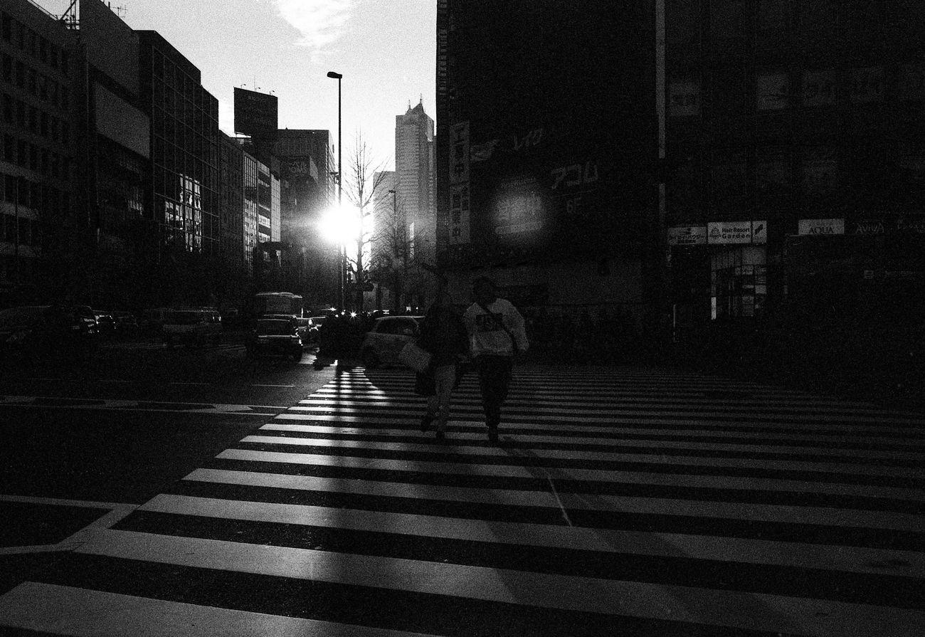 Japan 006 Japan Blackandwhite Japan Photography Tokyo Tokyo,Japan EyeEm Leicam6 Leicacraft Leicam Ishootfilm Leica Streetphoto_bw Black And White Photography Filmphotography Street Photography Black And White Filmisnotdead People Of EyeEm Believeinfilm EyeEmMalaysia Streetphotography People The Street Photographer - 2017 EyeEm Awards