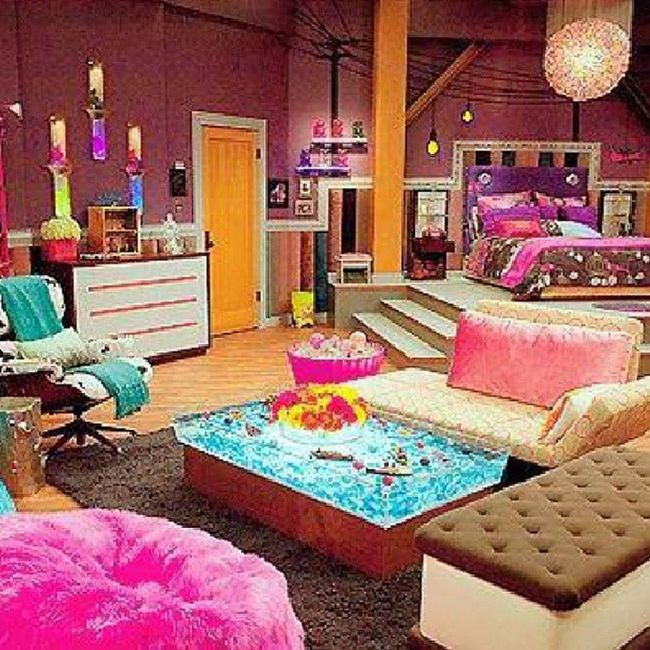 I want this room!! Colorful Cute IceCreamSandwitchChair Mystyle BedRoom HotPink Purple Aqua