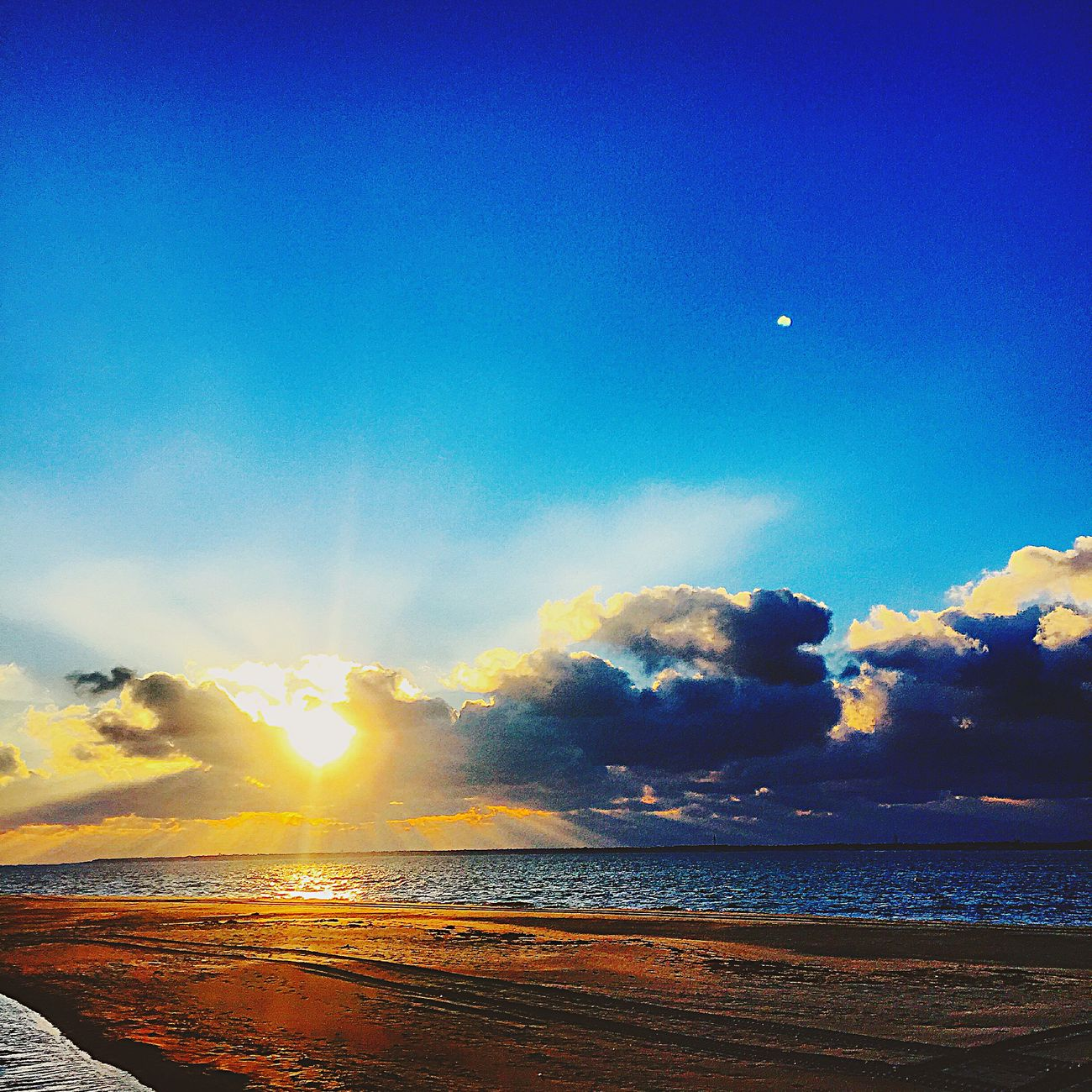 Sunshine Being A Beach Bum Enjoying The Sun Sunset And Clouds  Arcachon Like Love Beachphotography Photography Followme