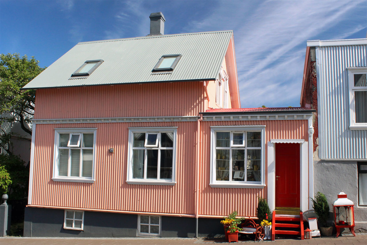 Architecture Building Exterior Colour Of Life Day House Iceland Iconic Multi Colored No People Outdoors Reykjavik Rosy Summer Townhouse