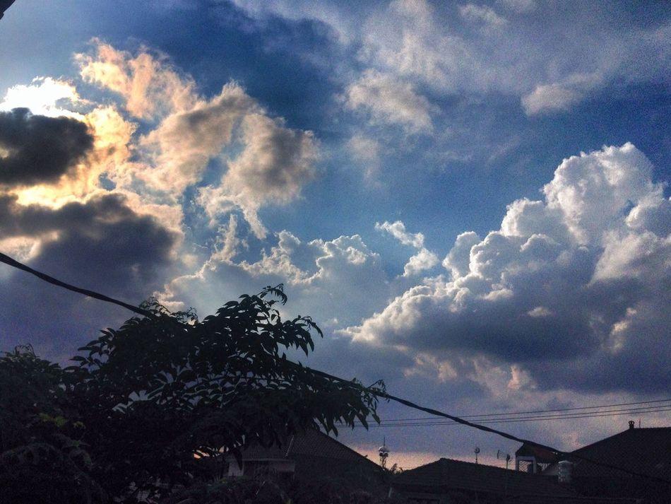 Good afternoon Cloudporn Clouds And Sky Enjoying Life Taking Photos