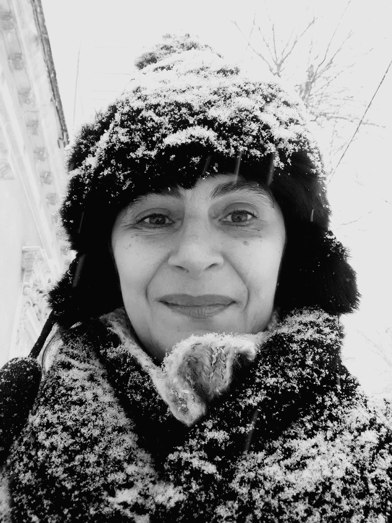 Nothing but snow ❄ 😊 time to play with the 🐶 dogs they master snow digging 😊🐾🐩 Looking At Camera Portrait Winter Cold Temperature One Person Warm Clothing Knit Hat Weather Close-up Front View Headshot Real People Human Face Outdoors People Eyeem Best Shot EyeEm Gallery Blackandwhite Thats Me  Beauty In Nature Romaniafrumoasa Sky Travel Destinations