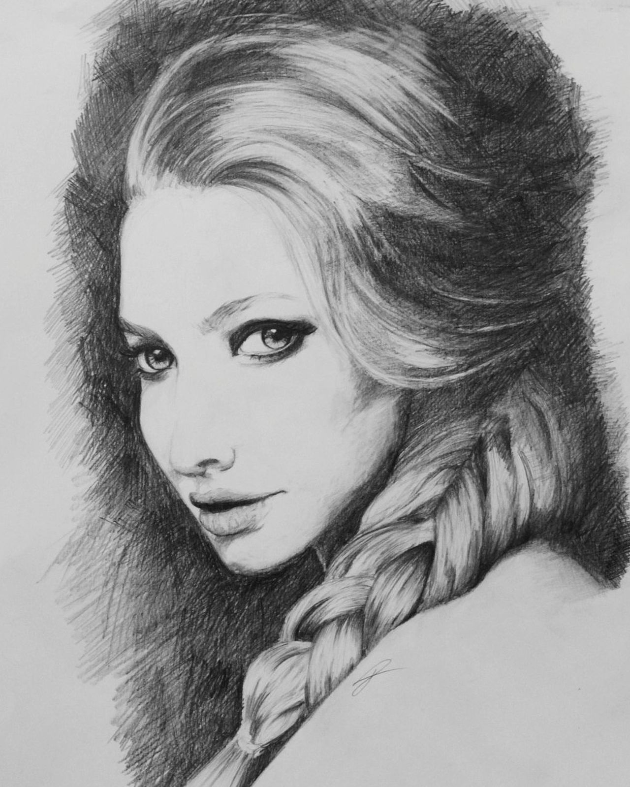 Beauty Women Portrait Beautiful People Drawing, Painting, Artwork Drawing ✏ Drawings Drawing EyeEmNewHere Art ArtWork GraphitePencil People Graphite Drawing AmandaSeyfried
