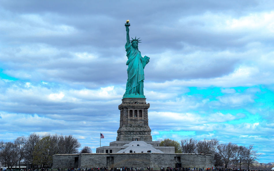 Beautiful stock photos of statue of liberty, American Culture, Art And Craft, Cloud - Sky, Cloudy