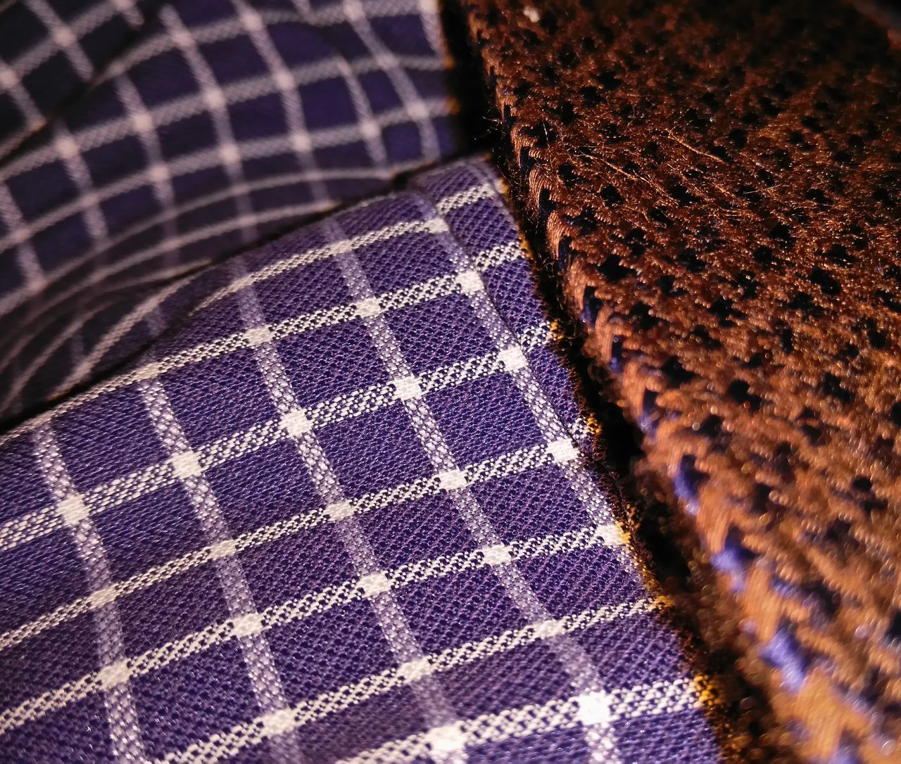 checked pattern, pattern, textile, close-up, fabric, textured, indoors, no people, sequin, day