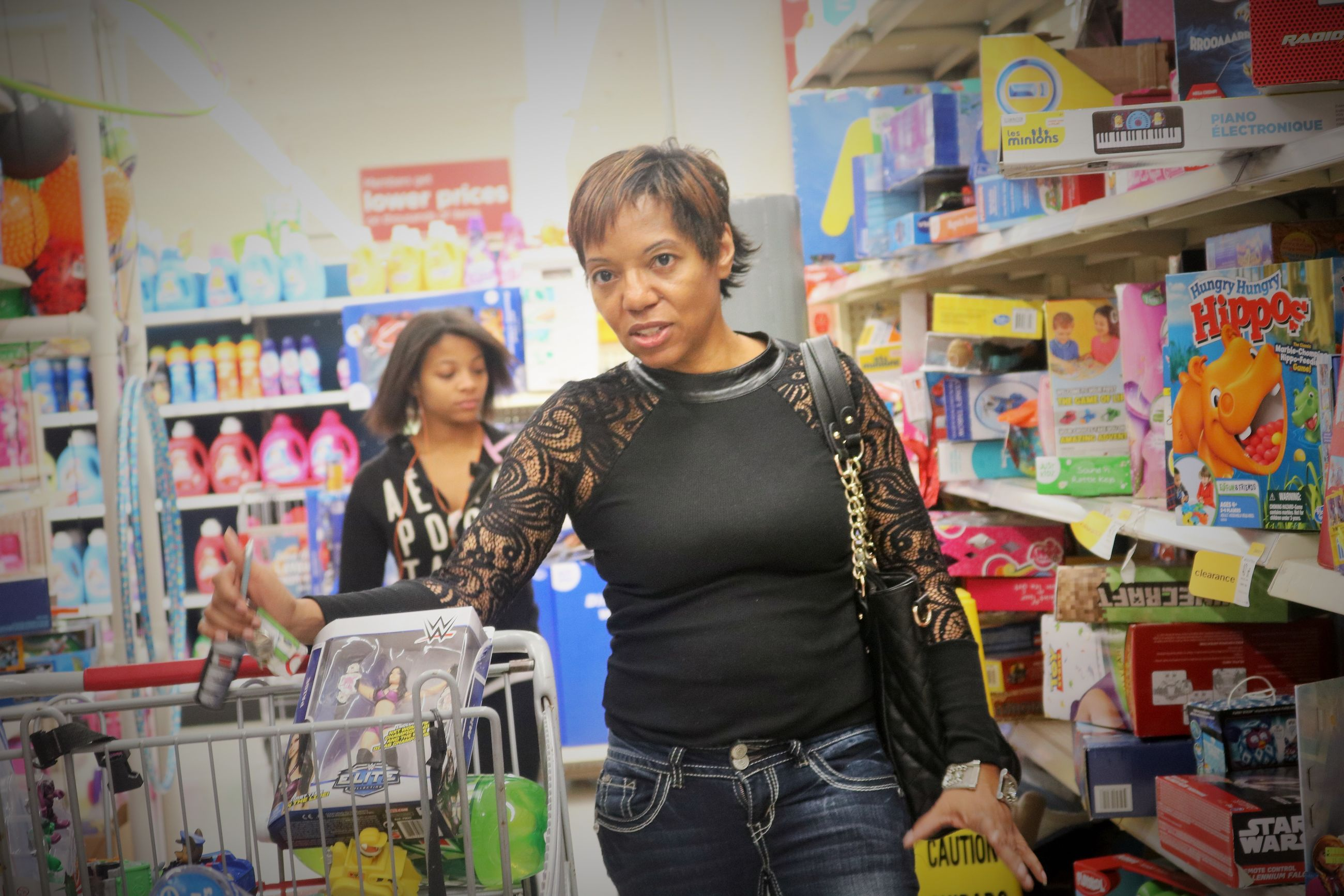 Yes last minute Christmas stocking stuffers shopping in Kmarts. Me Lovely Selfportrait Sexyselfie BlackWoman Beautifulblackwoman Shopping ♡ Having Fun :) Fun Christmastime Fayetteville N.C. Toys Selfie ✌ Selfie ♥ Simple Moment Photography Anywhere