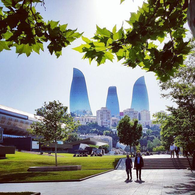 Баку башни бульвар май2017