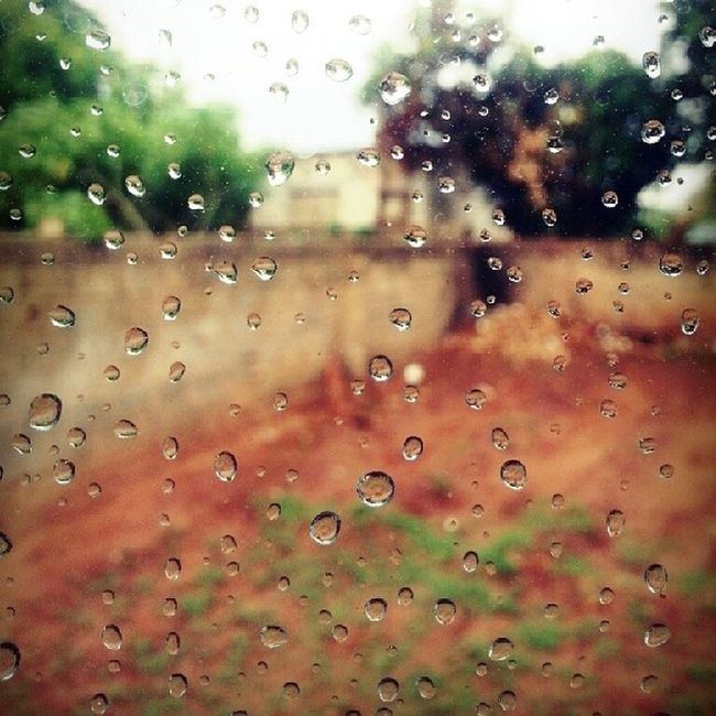 Just took this awesome picture of raindrops. Look like the rains are inbound adios tanning summer sun Raindrops Photography Lumosity Scottyzepplin wet water hydro galaxys33mmzipcam