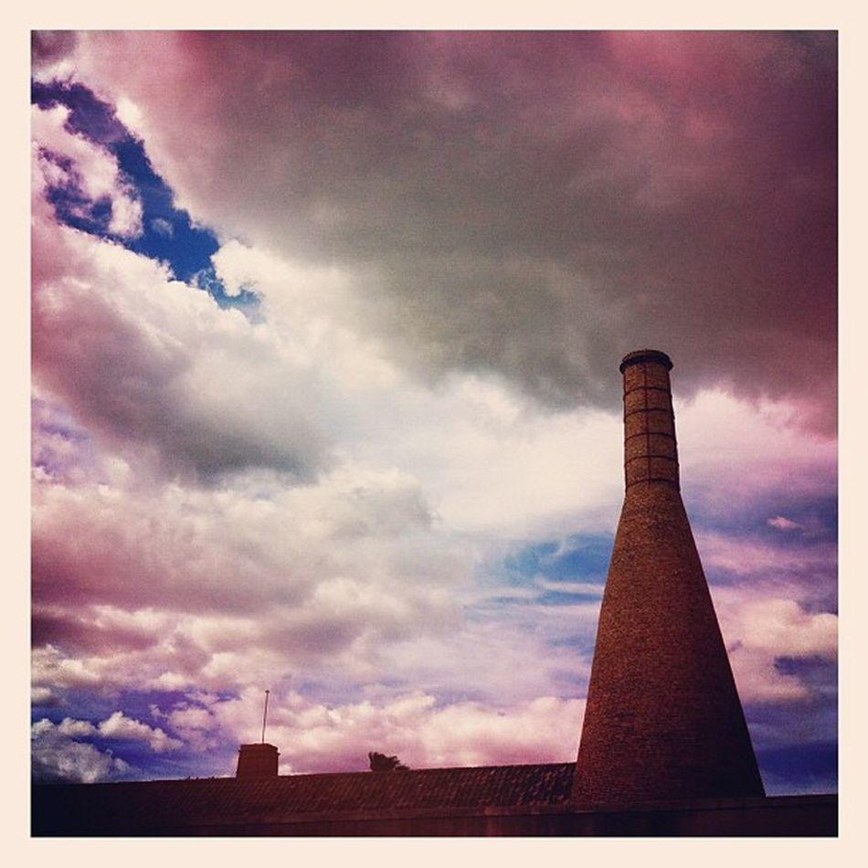 chimenea / smokestack #sevilla #seville #igerssevilla #igersandalucia Sevilla Seville Igerssevilla Igersandalucia