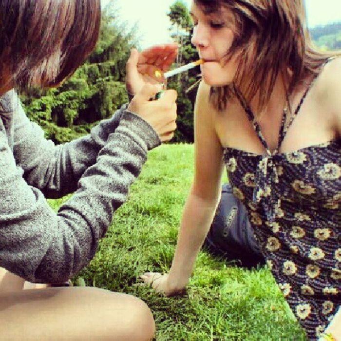 Prettygirlsdontlighttheirowncigarettes Whatarefriendsfor Bestfriend Washingtonpark Imissyou Kitty