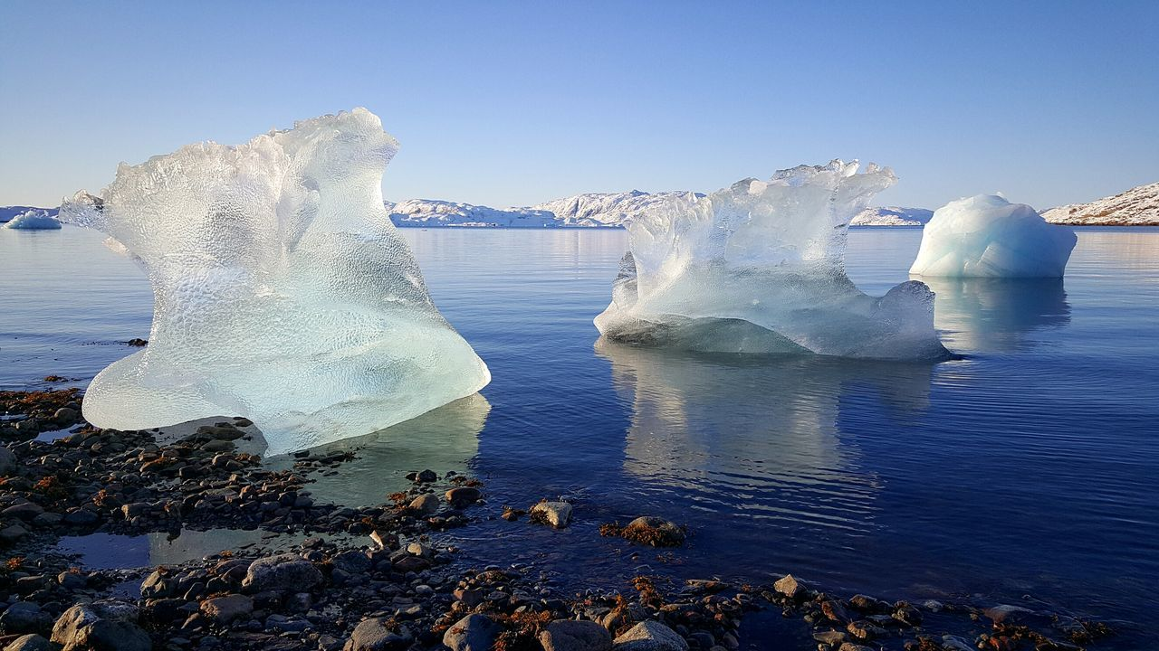 Water Beach Nature Sky Sea Outdoors No People Beauty In Nature Sand Day Landscape Thebiggesticelandintheworld Mountain Ilovegreenland KommuneKujalleq Apieceoftheicesheet Coldandneed Nuan Peaceful Place Cleangreenlandicwater Greenland November2016 Winter2016 Cold Temperature Frozen