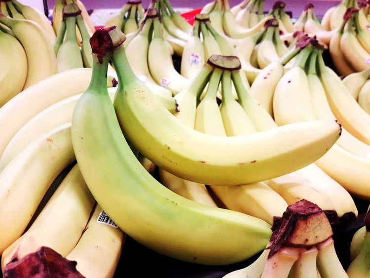 EyeEm Selects Food Food And Drink Healthy Eating Fruit Banana Healthy Lifestyle Business Finance And Industry No People Freshness Lifestyles Indoors  Close-up Day Ready-to-eat Backgrounds Editorial  Advertising Photography Editorialphotography Bananas Fresh Bananas Bananas For Sale