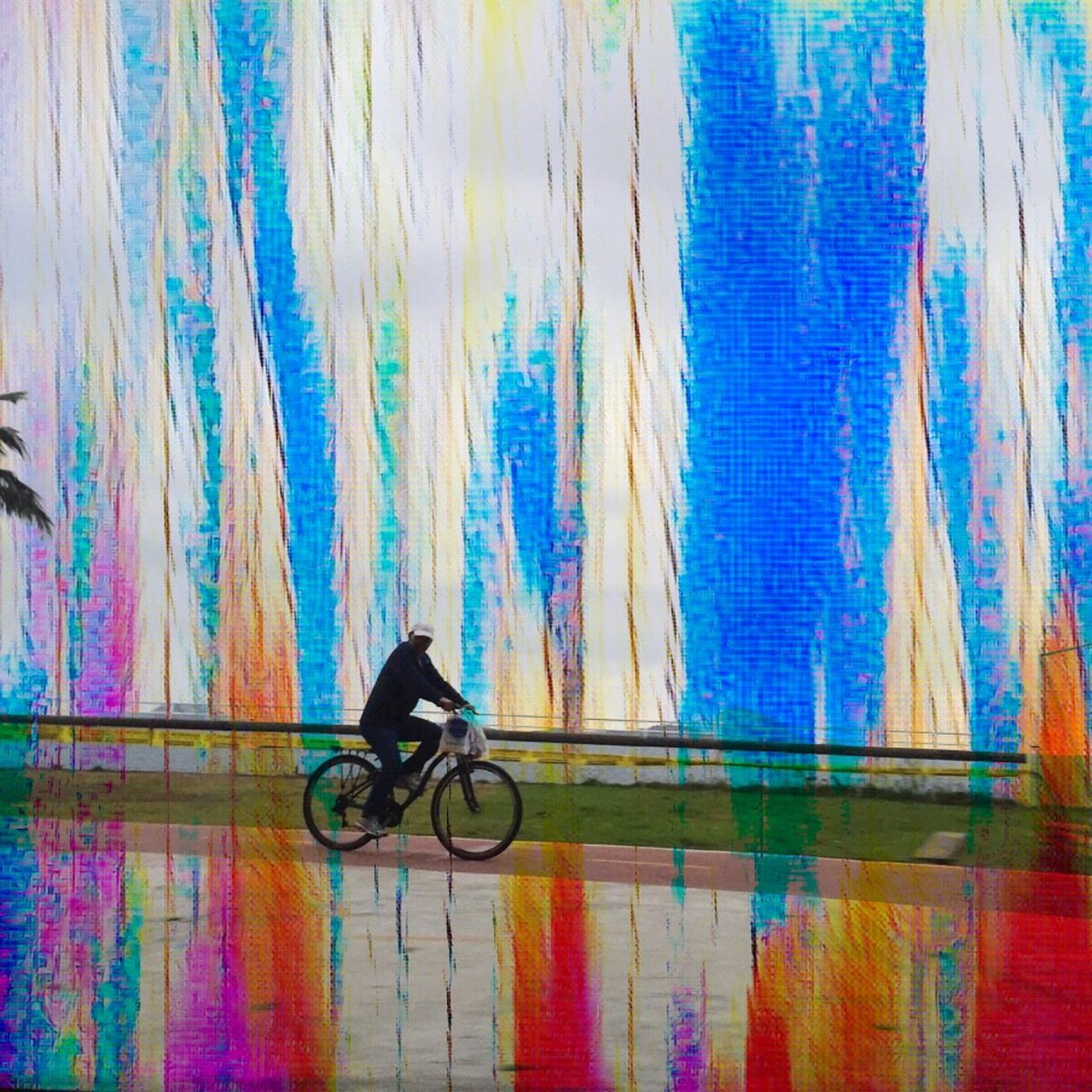 The City Light Repost Or Not? Pardon My Bad Memory! Bicycle Full Length Outdoors Abstractions In Colors IPhoneArtism For My Friends That Connect My City Is Beautiful Beauty In Nature Sunlight This Could Be An Album Cover Leisure Activity