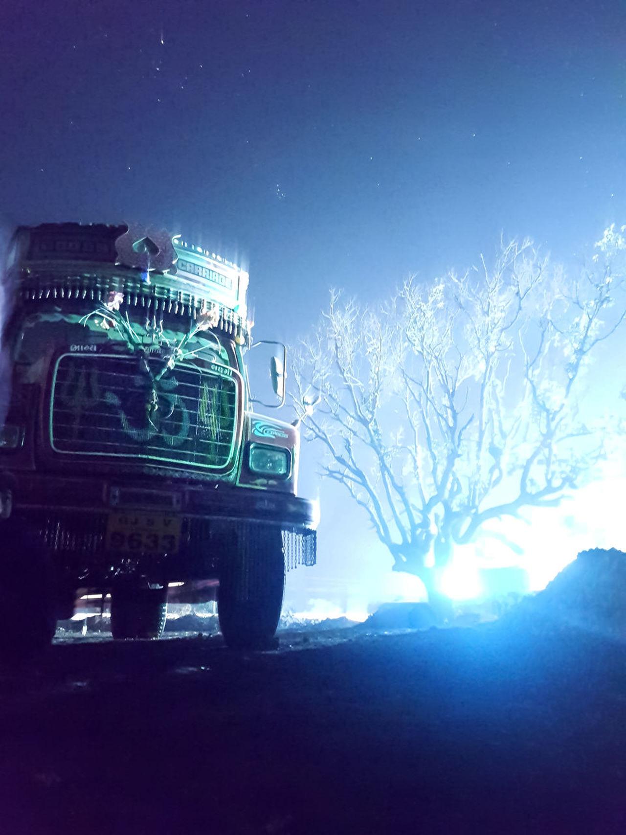 Them stars 😍 Night Sky Stars Starry Night Blue Dark Long Exposure Wallpapers No People Nature Truck Vehicle