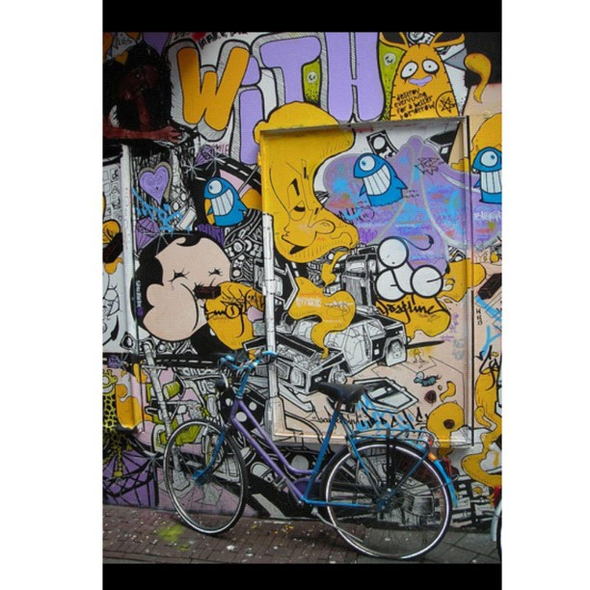 Arte callejero Instagood Statigram 30likes Gf_sistash Gf_brothas Gf_daily_streetartsaturday_002 Photooftheday Instagram FotoDelDia Gang_family Gf_spain Gf_daily Instagrameando Iphone4