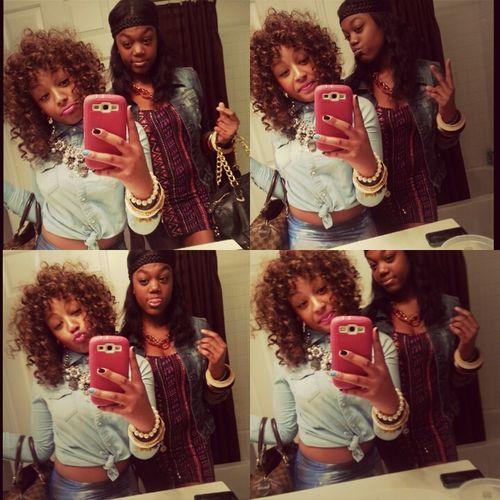 I love her sfm ♥ me & daisha :)