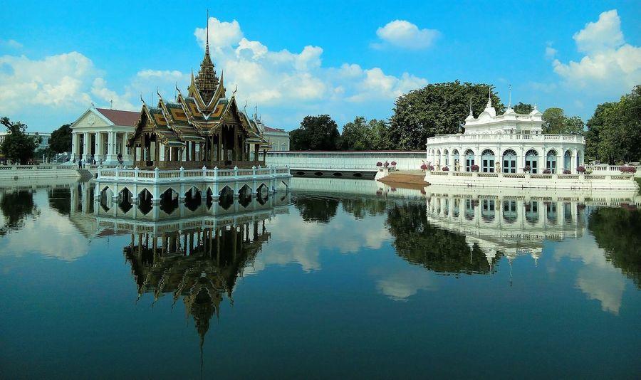 Palace. Reflection Architecture