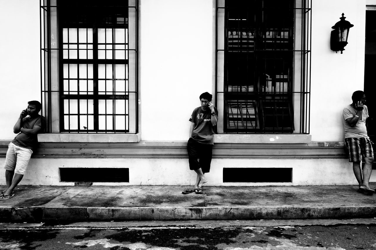 EyeEm Best Shots Justshoot Fujifilmph EyeEm Gallery Eyeemphotography FUJIFILM X-T10 Eyeem Philippines Week On Eyeem Fujifilm_xseries Everydayasia Dailyasia Everydayphilippines EyeEm Streets ManilaStreetPhotography Streetphotographyphilippines EyeEm Bnw Everyday Street Streetphotography People Monochrome Blackandwhite B&w Street Photography EyeEm Best Shots - Black + White