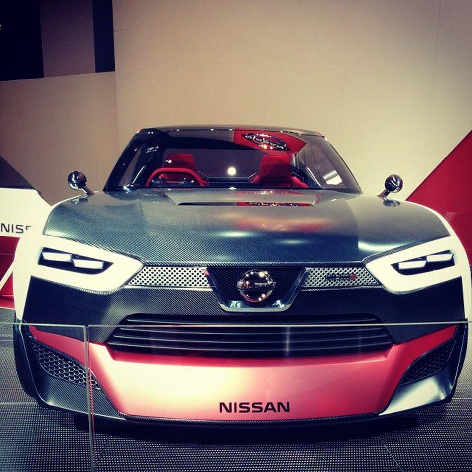 Nissan fait sa Peugeot405