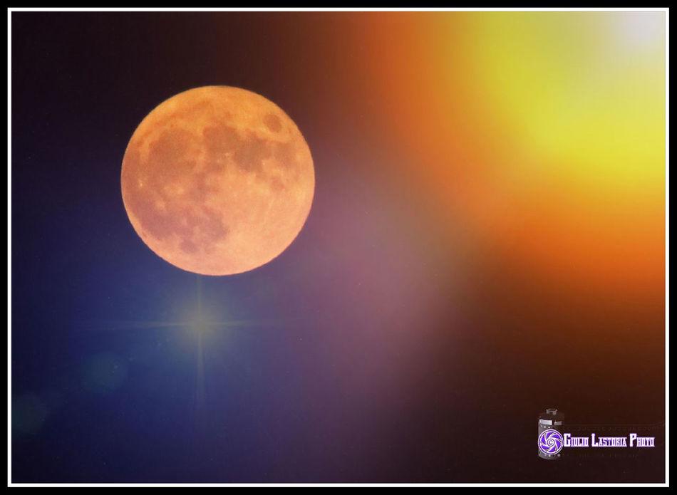 #goodnightmoon #monlight #moon Citylights Colors Darknessandlightsintheedgeoftown Guardacheluna Magicinthenight Nightcolors