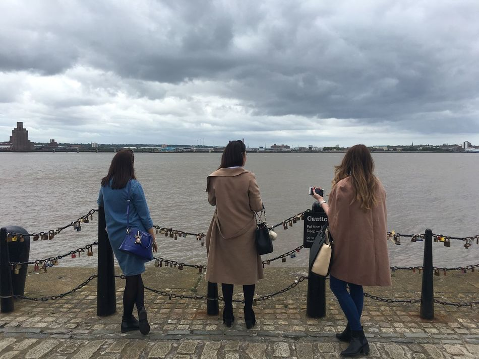 Looking across the Mersey, Liverpool Looking Gazing Looking Across Mersey Girls Sightseeing Travel Tourism Standing Across The Water Street Scene Streetphotography Street Photography Vista
