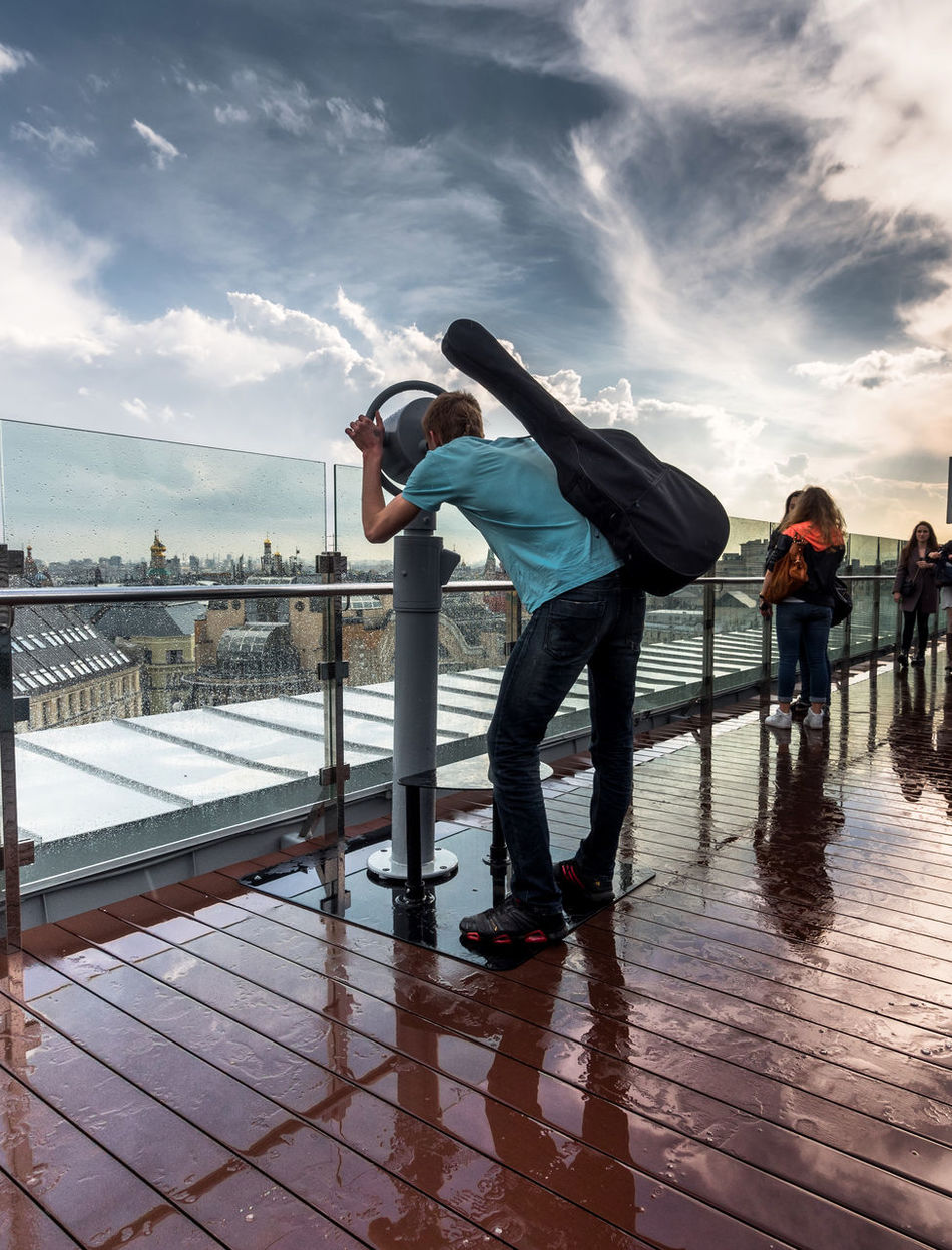 Russia, Moscow, Observatory on the roof of the store Children's world Casual Clothing City Life Cloud Cloud - Sky Cloudy Day Enjoyment Full Length Fun Leisure Activity Lifestyles Outdoors Russia, Moscow, Observatory On The Roof Of The Store Children's World Sky Water