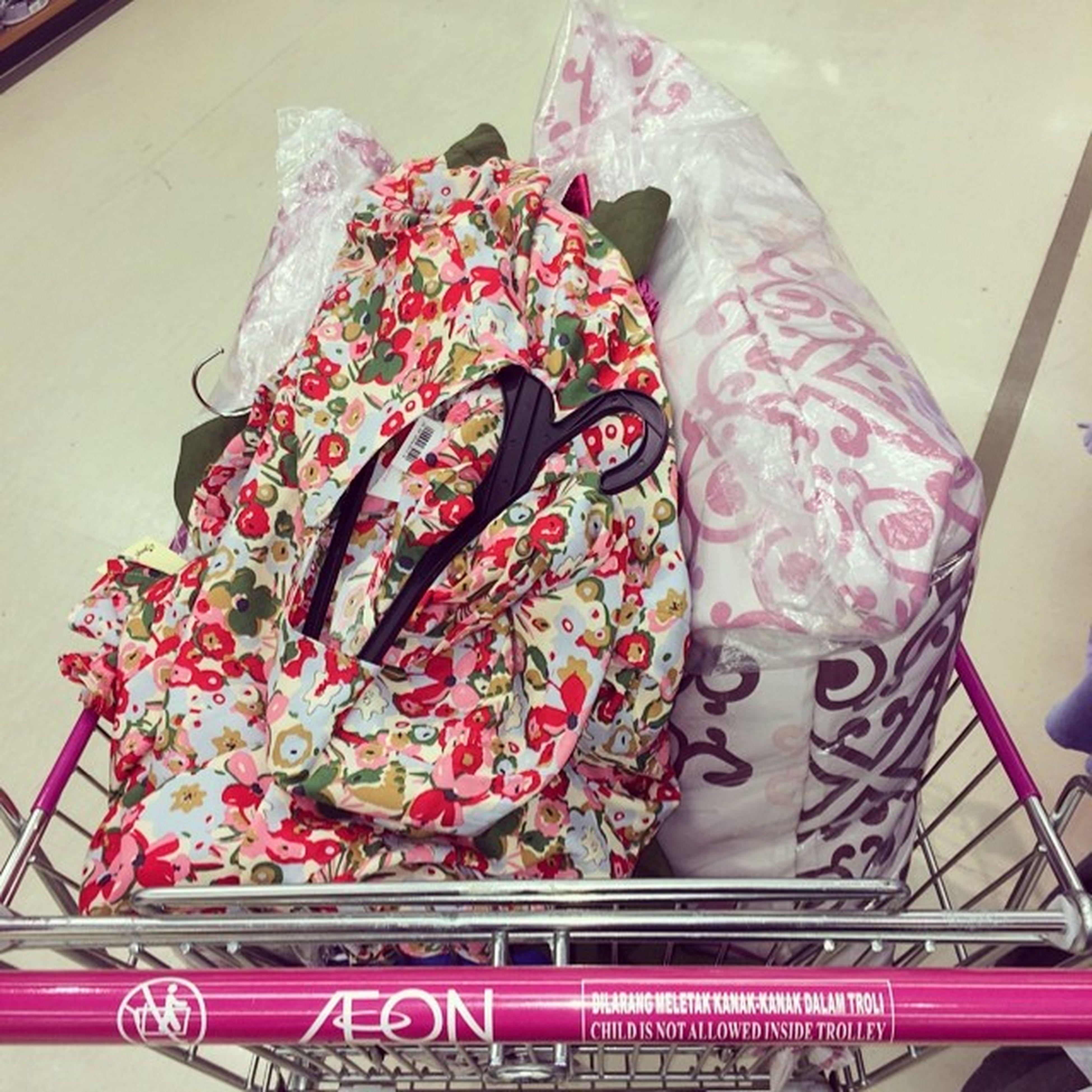 Shopping RAYA !! Jumm..=)