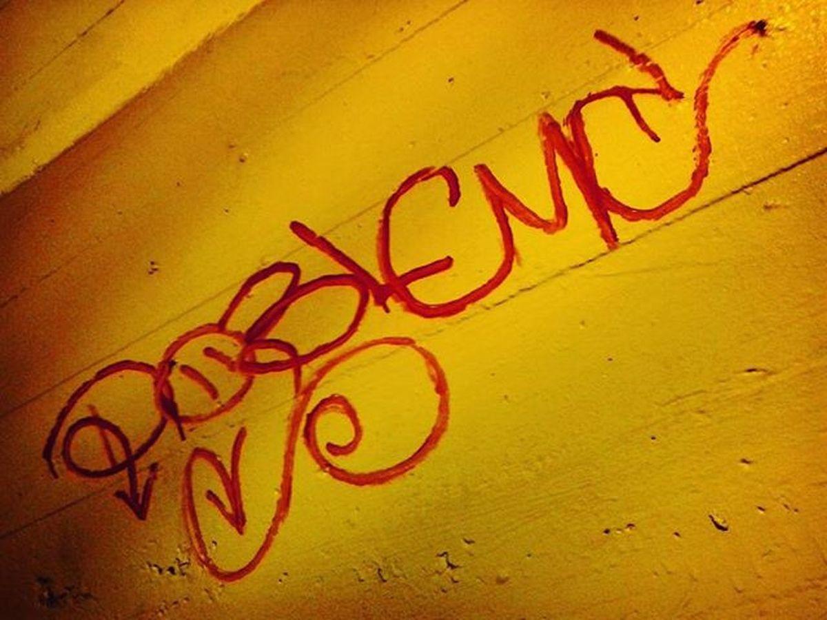 Tarde de taggs✊👊👍 DobleMc 2MC Tagg Rprsnt HipHop Street Urban Art Keepitreal