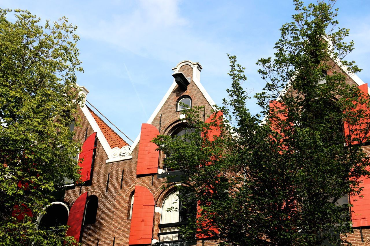 Spout Gable House Amsterdam Trees And Sky Architecture Architectural Detail Taking Photos Check This Out From My Point Of View Taking Photos Idyllic Scenery Cityscapes Home Is Where The Art Is Netherlands City Street Old Buildings Hidden Gems  Home Is Where The Art Is.
