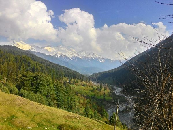 kashmir india Kashmir Is Heaven Eyeem India Nature Photography Feel The Journey Hanging Out eyeem nature lover Beautiful Nature Mountain View Taking Photos From My Point Of View Hello World @Kashmir India
