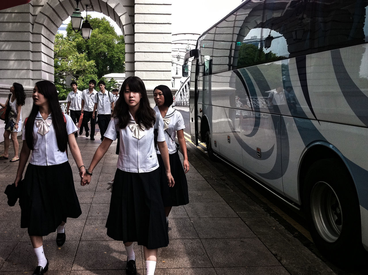 Students Japanese  School Outdoors People City Excursion Bus Transportation Holding Hands Walking Uniform Singapore Street Photography Streetphotography Streetphoto_color Everybodystreet IPhone Photography