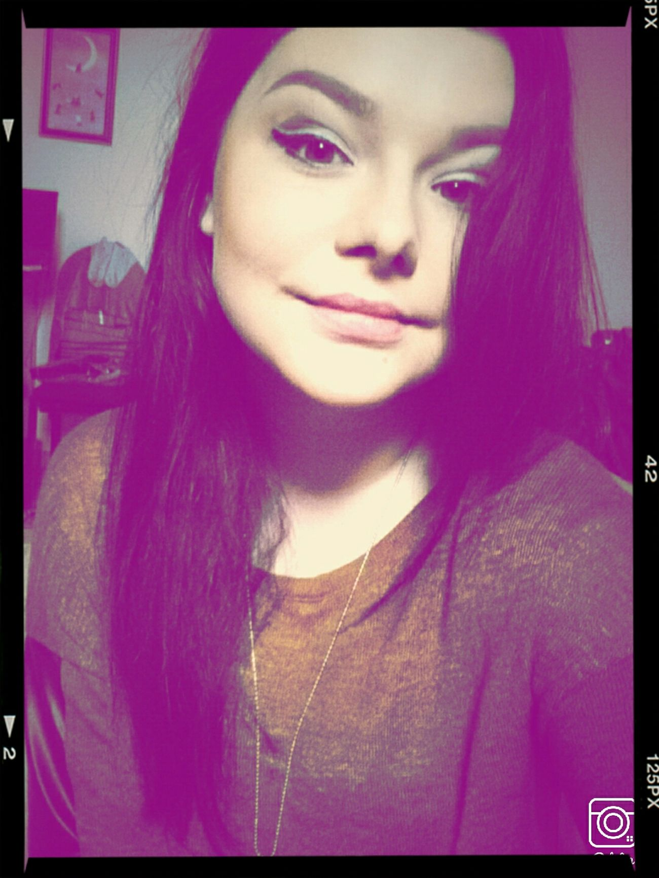 Me Makeup Followback Girl