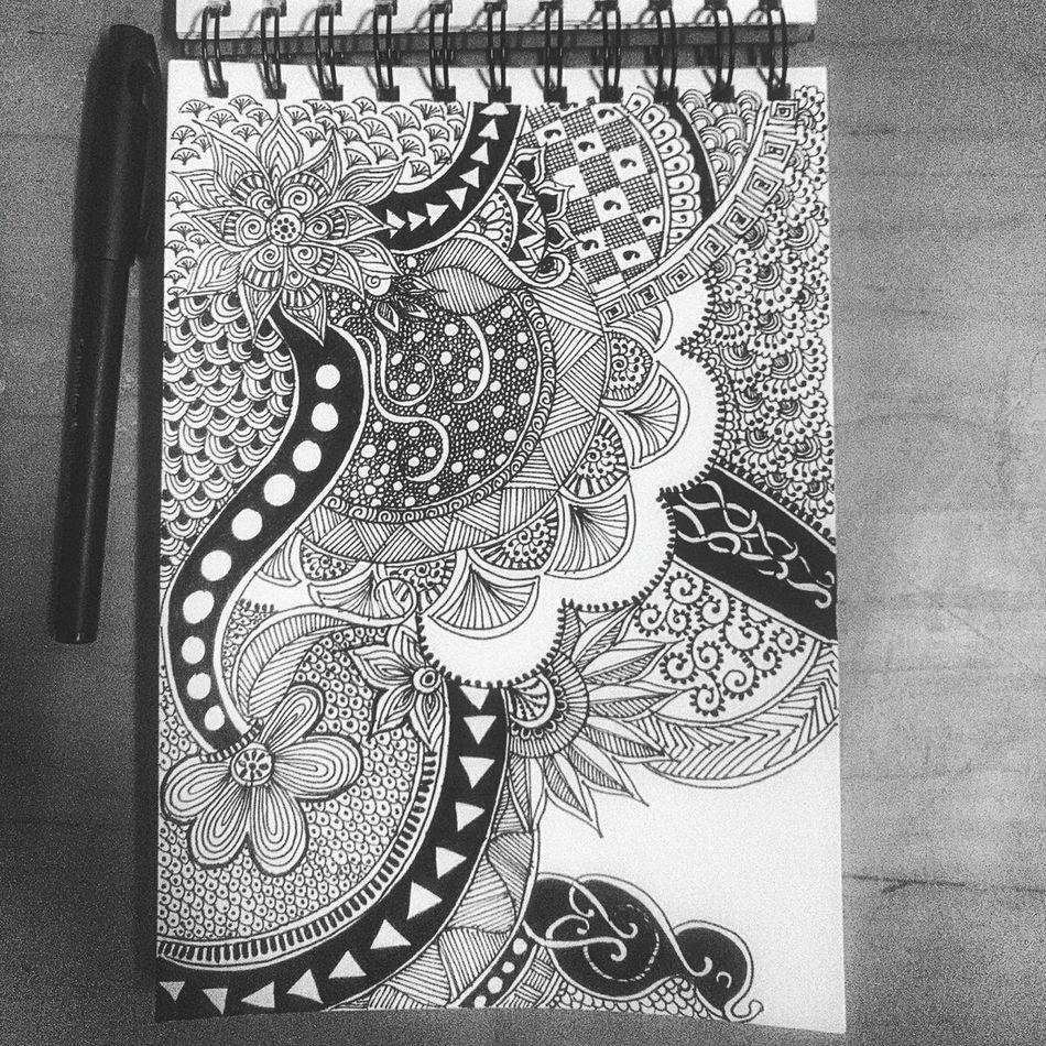 Zentangle Zentangleart Random Patterns Boring Day Blackandwhite Design