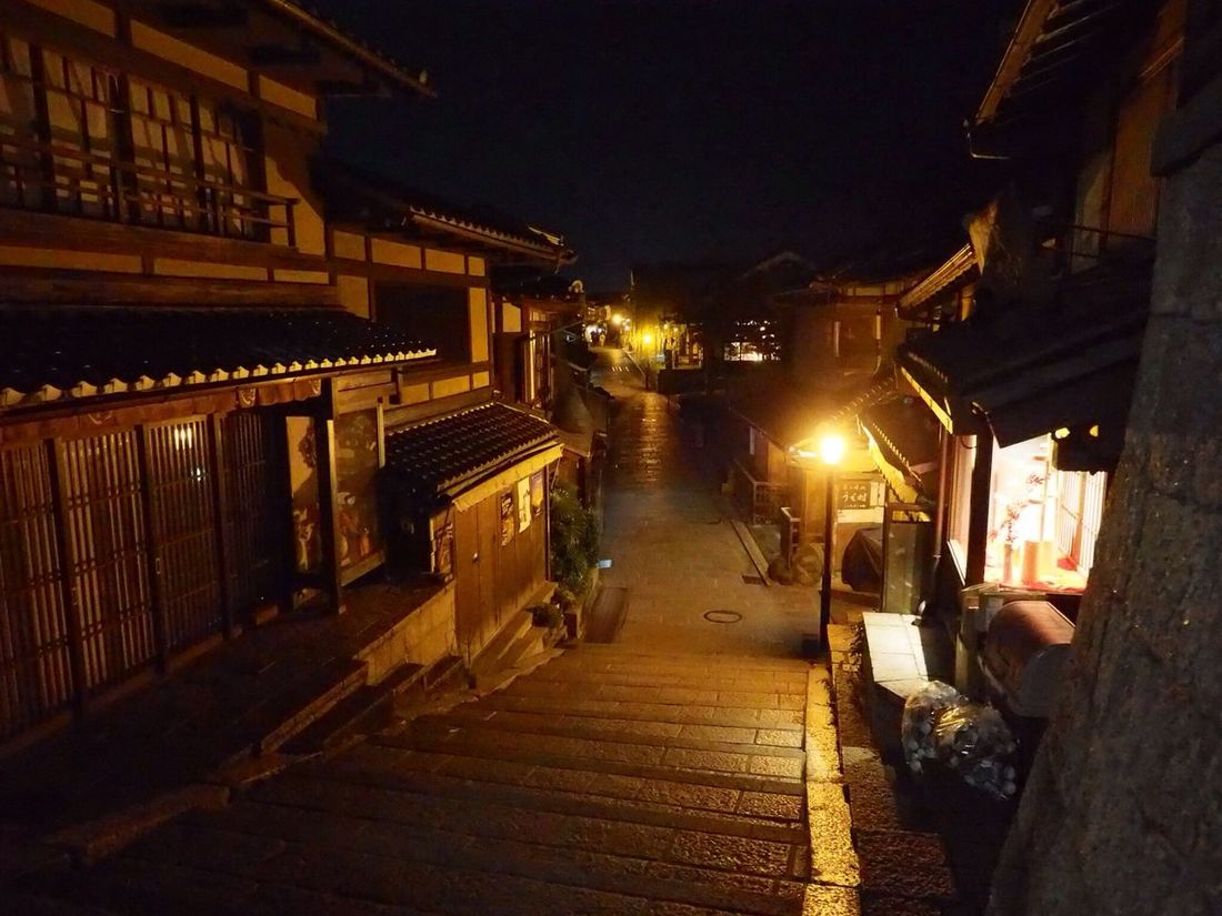 Kyoto Japan Kiyomizumichi Sannenzaka Sanneizaka Stairs Night Japanese Style Olympus PEN-F 京都 日本 三年坂 産寧坂 階段 (null)夜